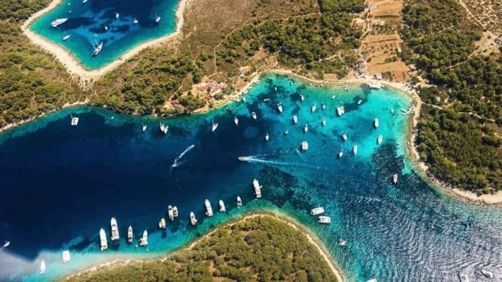 Kroatien-Katamaran-Charter-Yacht-Mieten-Luxus_1