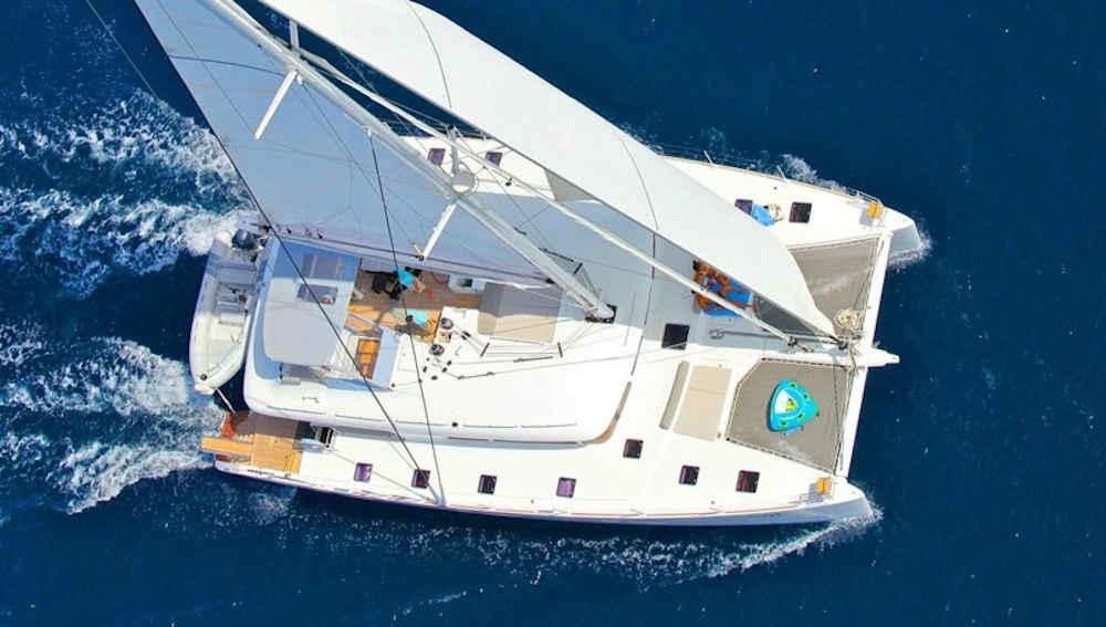 2-2-1_Griechenland-Katamaran-Charter-Yacht-Mieten-Luxus_1
