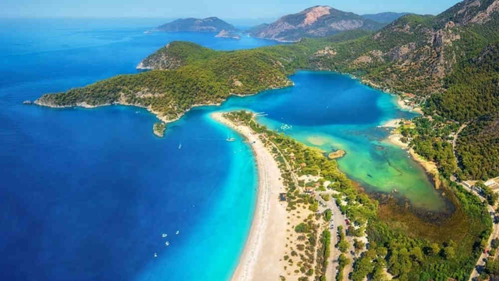 2-4_Türkei-Luxus-Yachtcharter-Yacht-Mieten-Luxus_2