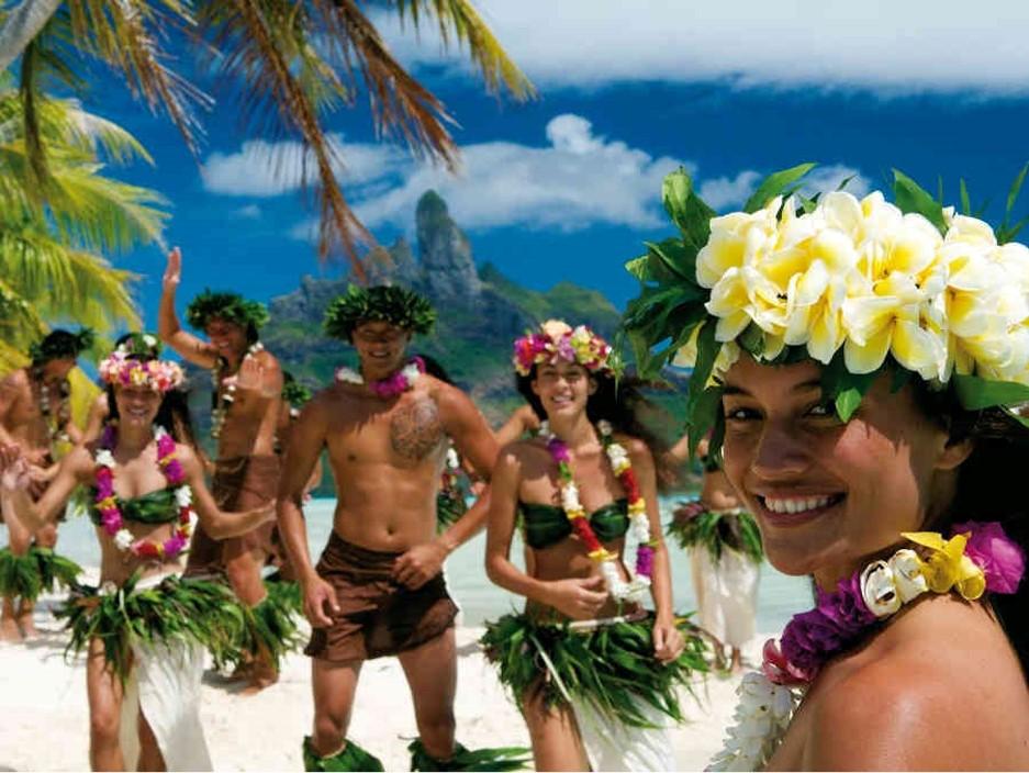 5_Südsee-Tahiti-Yacht-Charter-Mieten-Luxus_1