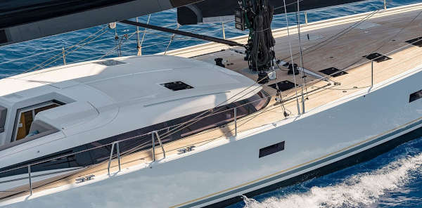 11_CNB-76-66-Yacht-Charter-Mieten_4