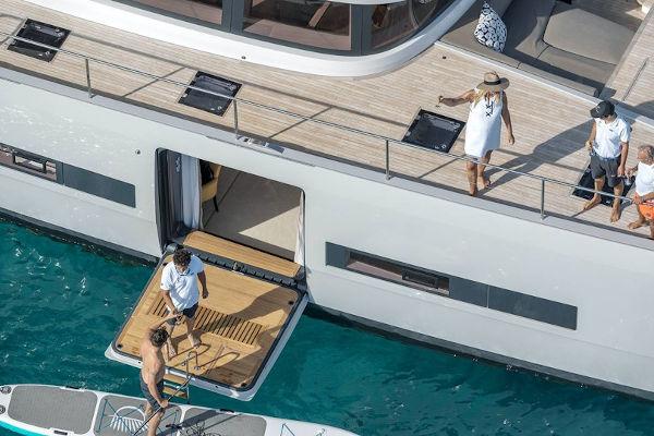 32_Lagoon-77-Luxus-Katamaran-Charter-Mieten_02