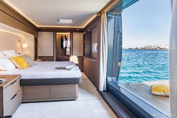 32_Lagoon-77-Luxus-Katamaran-Charter-Mieten_04