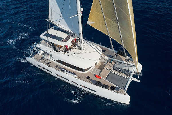 32_Lagoon-77-Luxus-Katamaran-Charter-Mieten_11