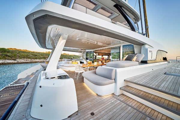 32_Lagoon-77-Luxus-Katamaran-Charter-Mieten_14