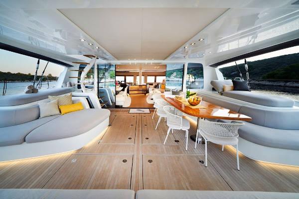 32_Lagoon-77-Luxus-Katamaran-Charter-Mieten_16