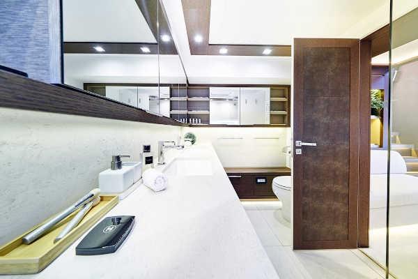 32_Lagoon-77-Luxus-Katamaran-Charter-Mieten_26
