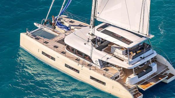 33_Lagoon-65-Luxus-Katamaran-Charter-Mieten_02