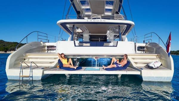 33_Lagoon-65-Luxus-Katamaran-Charter-Mieten_19