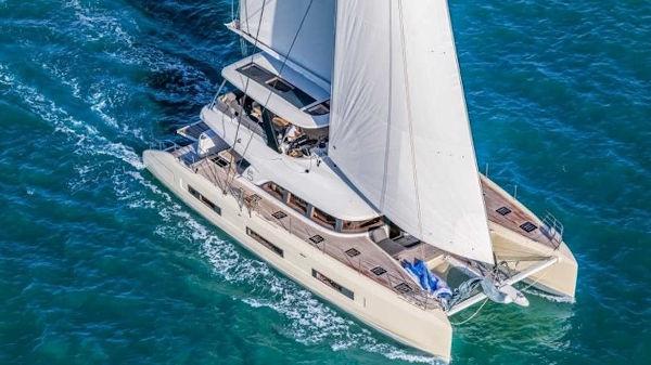 33_Lagoon-65-Luxus-Katamaran-Charter-Mieten_24