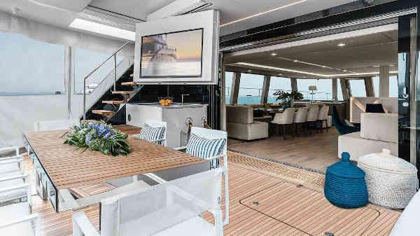 42_Sunreef-80-Luxus-Katamaran-Charter-Mieten_07