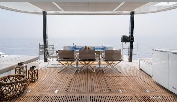 42_Sunreef-80-Luxus-Katamaran-Charter-Mieten_12