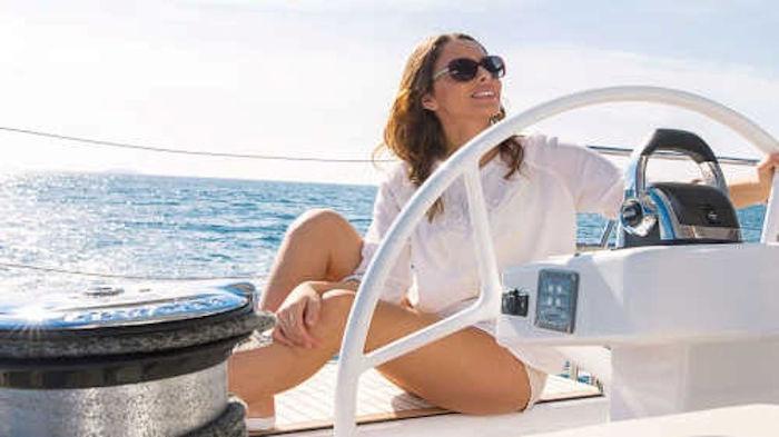 001-Luxus-Segelyacht-Charter-Mieten_05