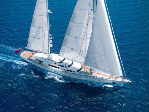 200_Luxus-Segelyacht-Perini-Navi-Charter-Mieten_01