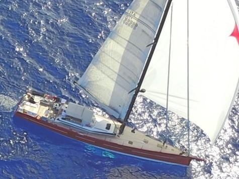 201_Luxus-Segelyacht-Vismara-Yacht-Charter-Mieten_01